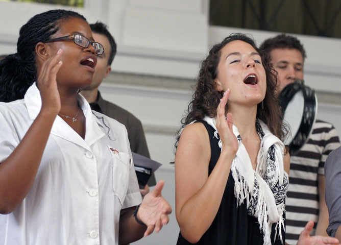 Tia Tucker, left, and Robin Pearce are two of many young people who are active members of First Grace United Methodist Church. Photo by Kathy L. Gilbert, UMNS.