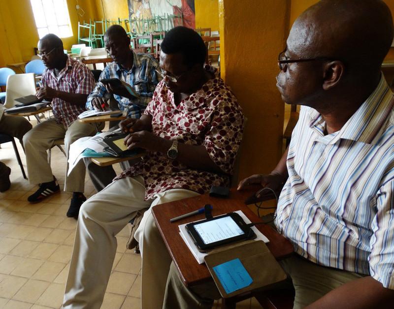 e-Reader Training in Sierra Leone