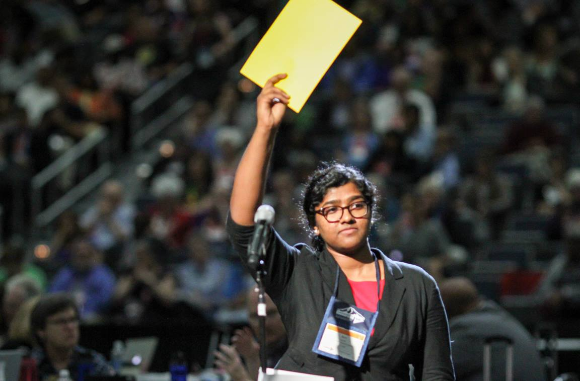 Ann Jacob, reserve delegate from the Eastern Pennsylvania Conference, motions to speak during the the 2016 United Methodist General Conference May 18 in Portland, Ore. Photo by Maile Bradfield, UMNS