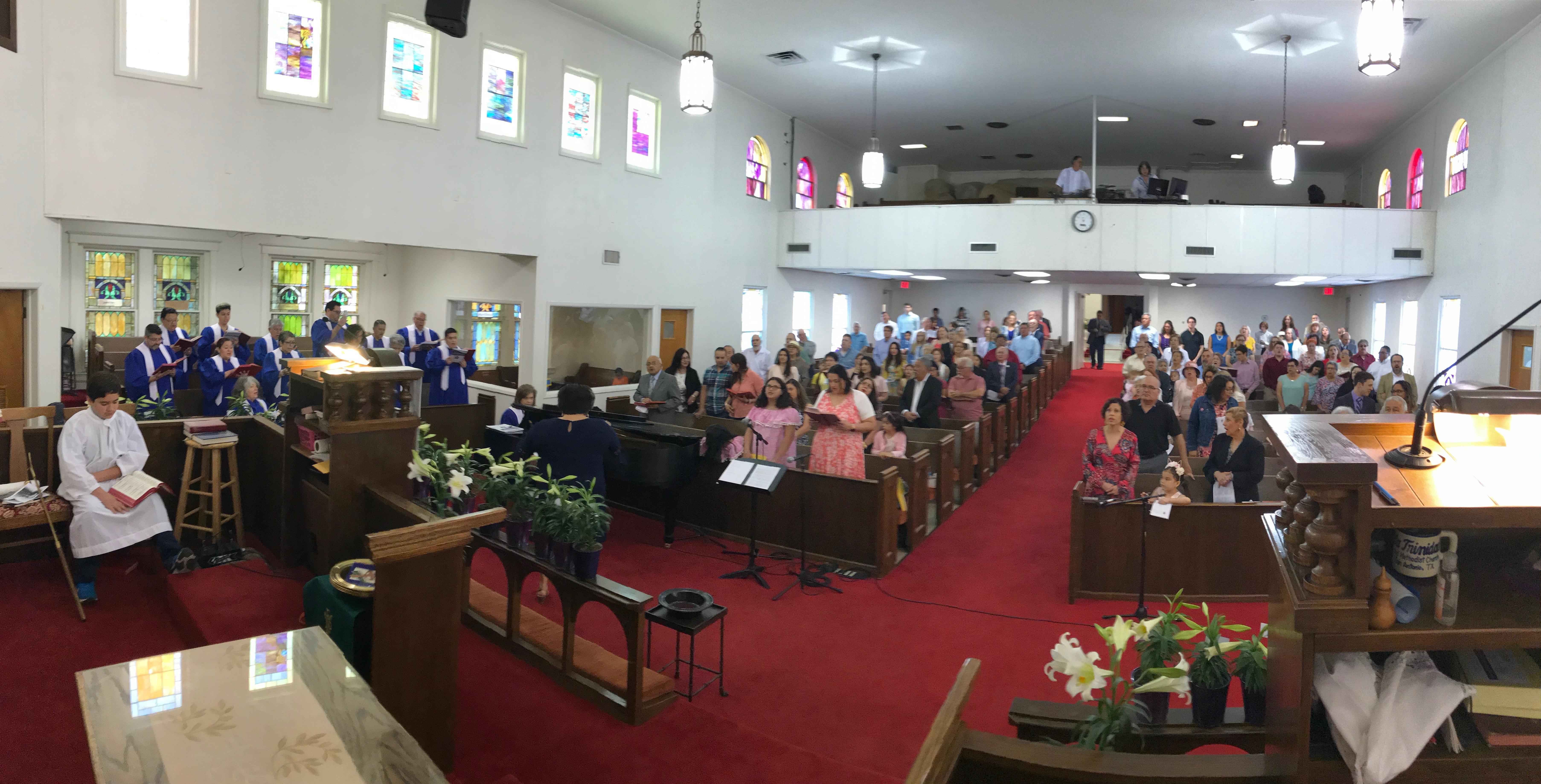 Sunday worship at La Trinidad United Methodist Church in San Antonio. April 2019. Courtesy of La Trinidad.