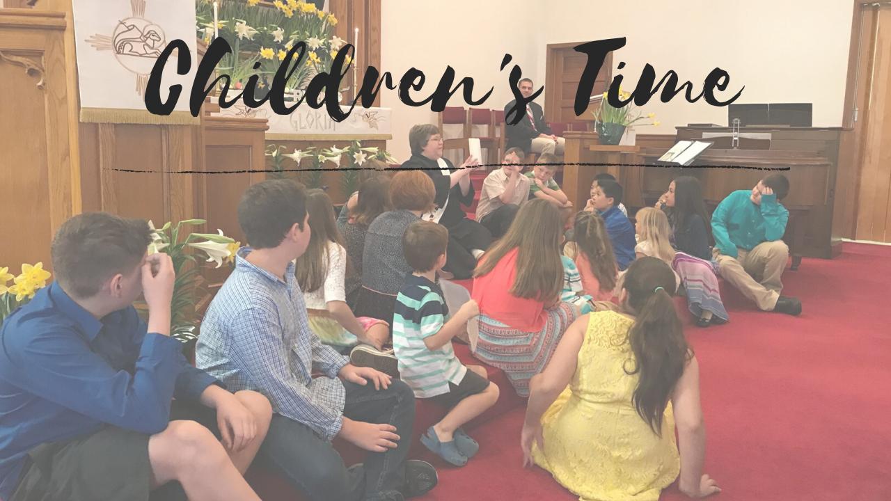 쉐런 라이스 목사가 부활절에 슈가그로브연합감리교회에서 어린이 설교를 하고 있다. 사진 오천의 목사, 연합감리교회 공보부 자료팀