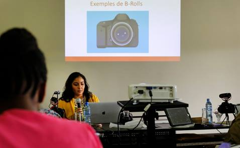 Michelle Maldonado lectures on creating videos and B-roll during training for communicators from the Congo Central Conference held Nov. 13-18, 2017 in Ndola, Zambia. Photo by Kathleen Barry, United Methodist Communications