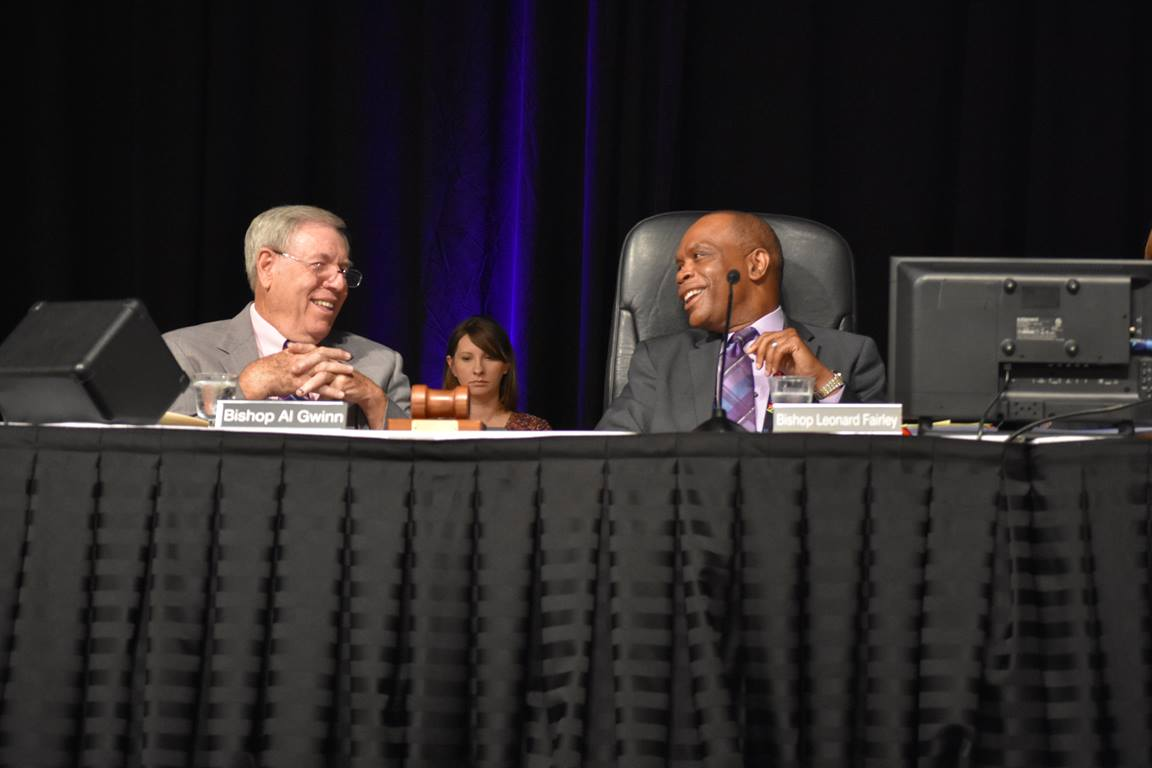 Kentucky Bishop Leonard Fairley and retired Bishop Al Gwinn share a laugh during the 2019 Kentucky Annual Conference. Fairley, president of the Southeastern Jurisdiction College of Bishops, and Gwinn were among the signatories of a June 5 pastoral letter from the College. Photo by Cathy Bruce, Kentucky Annual Conference.