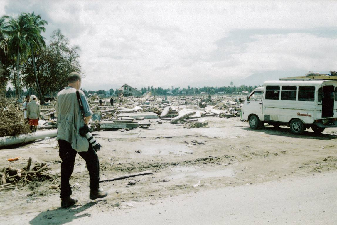 UMNS photographer Mike DuBose covering the Asian tsunami of 2005 in Banda Aceh, Indonesia. Photo courtesy of United Methodist Communications.