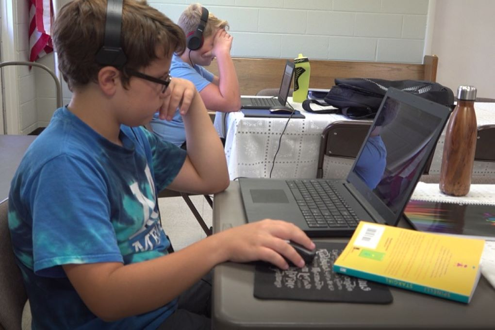 Children learning virtually at Denton's Chapel in White's Creek, TN. Courtesy of Lilla Marigza.