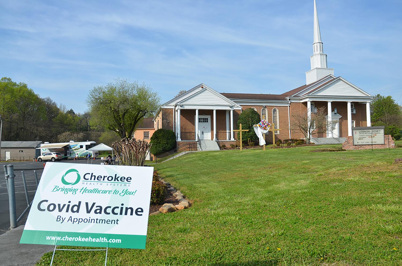 La Iglesia Metodista Unida (IMU) Lennon-Seney lidera el camino en la obtención de vacunas para una comunidad marginada en Knoxville, Tennessee. Foto cortesía de la Conferencia Anual de Holston.